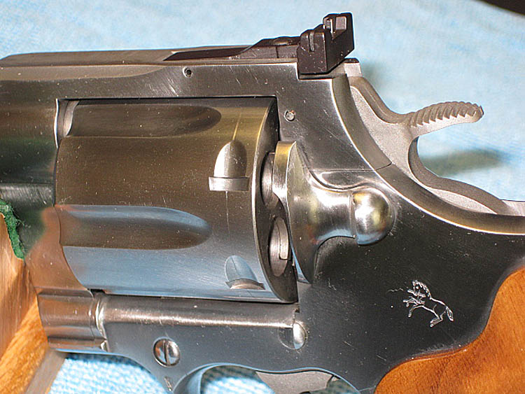 COLT ANACONDA IN  44 MAGNUM AND 6 INCH BARREL  STAINLESS